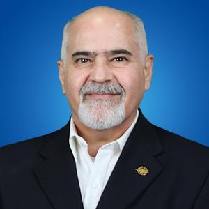 Coach Luis Tamez